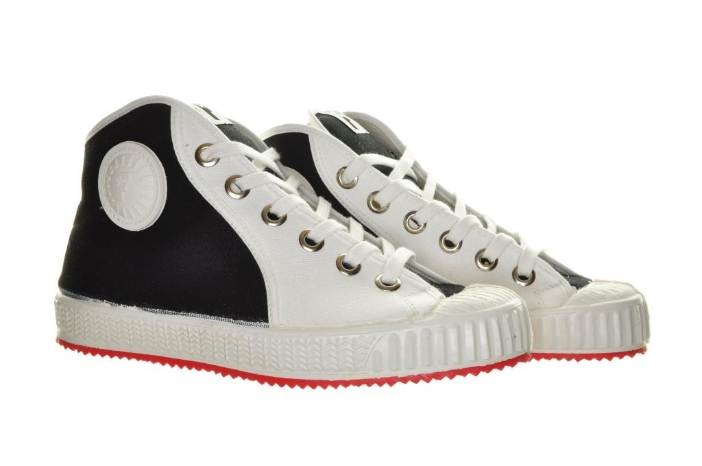 White Classic Revive Rockabilly Sneakers